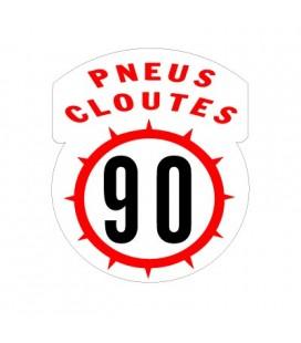 Pneus Cloutés